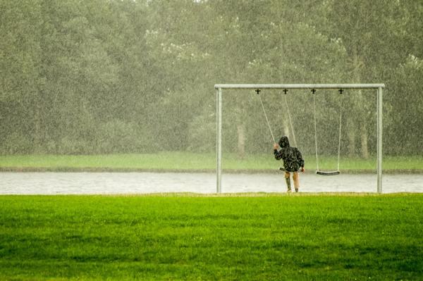かんじんや丈乃丞のつぶやき - 雨の日と月曜日は